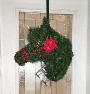 horseWreathSquare